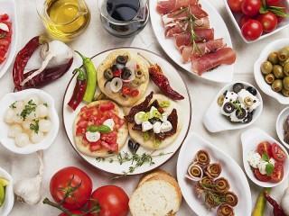 Собирать пазл Испанская закуска онлайн