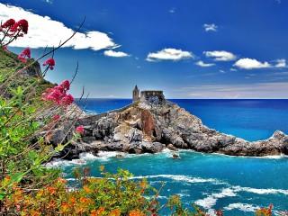 Собирать пазл Италия - побережье онлайн