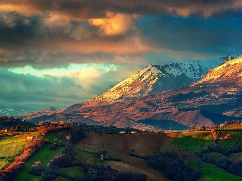 Пазл Собирать пазлы онлайн - Италия горный хребет