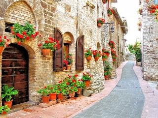 Собирать пазл Итальянская улочка онлайн