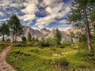 Собирать пазл Итальянские горы онлайн