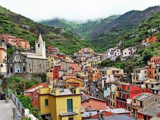 Собирать пазл Итальянский городок онлайн