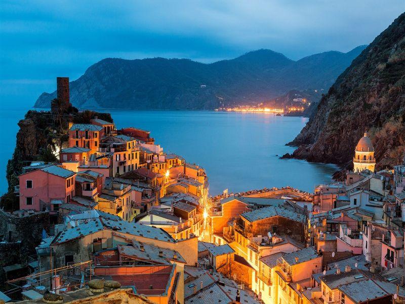 Пазл Собирать пазлы онлайн - Итальянский городок