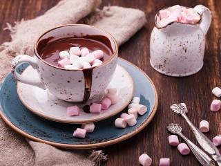 Собирать пазл Какао с маршмеллоу онлайн