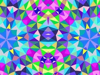 Собирать пазл Калейдоскоп треугольников онлайн