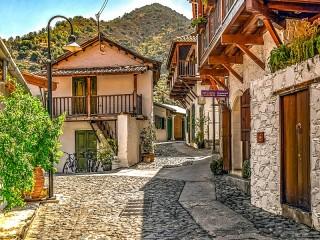 Собирать пазл Калопанайотис Кипр онлайн