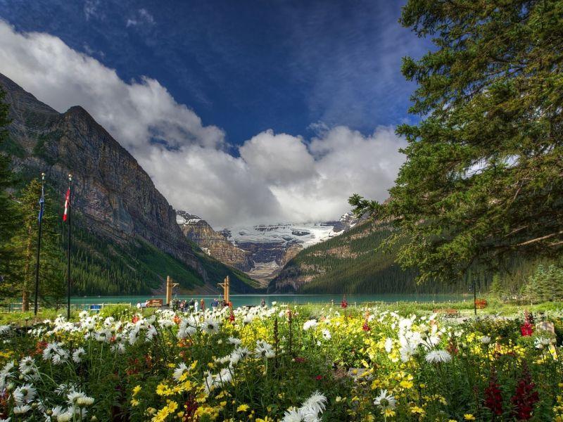 Пазл Собирать пазлы онлайн - Канада горы