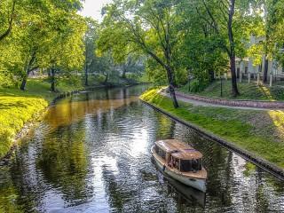 Собирать пазл Канал в Риге онлайн