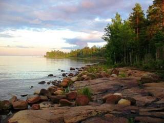 Собирать пазл Озеро в Карелии онлайн