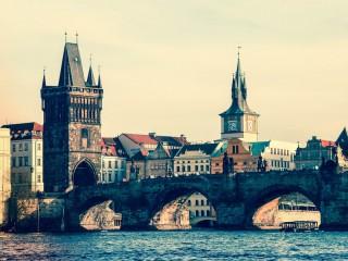Собирать пазл Карлов мост онлайн