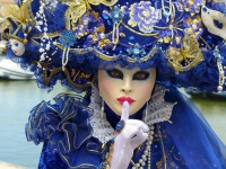 Собирать пазл Карнавал онлайн