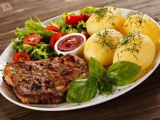 Собирать пазл Картофель с мясом онлайн