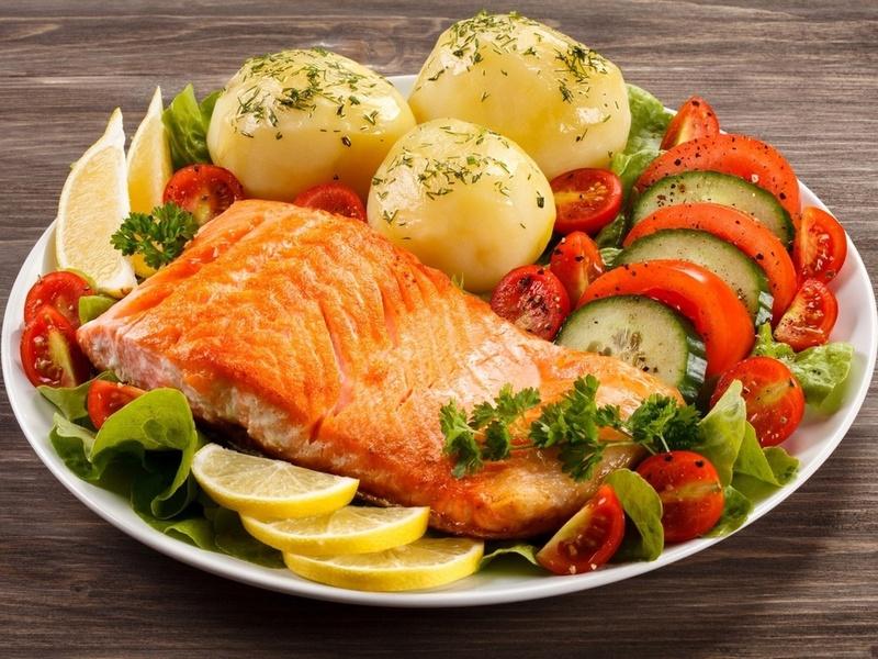 Пазл Собирать пазлы онлайн - Картошка с рыбой