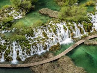 Собирать пазл Каскад водопадов  онлайн