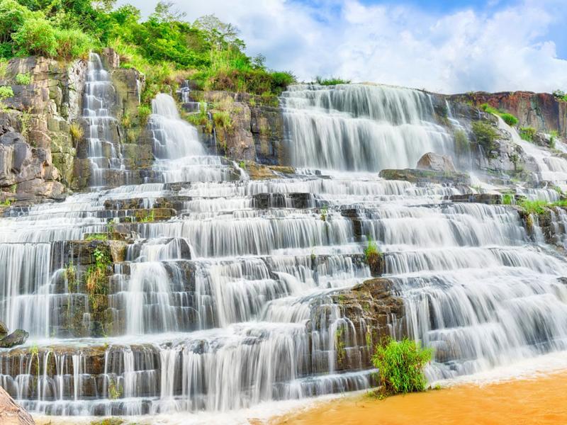 Пазл Собирать пазлы онлайн - Каскадный водопад