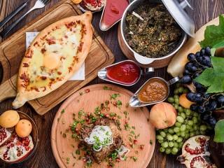 Собирать пазл Кавказская кухня онлайн
