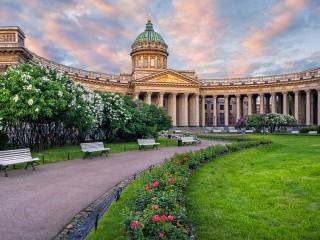 Собирать пазл Казанский собор онлайн