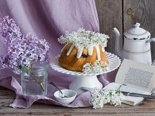 Собирать пазл Кекс и сирень онлайн