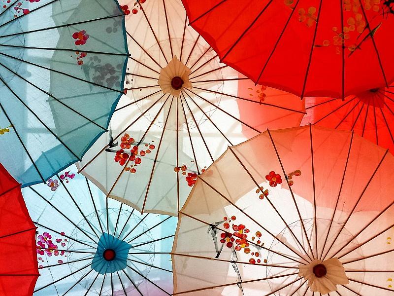 Пазл Собирать пазлы онлайн - Китайские зонтики