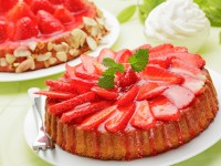 Собирать пазл Клубничный тарт онлайн