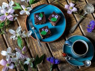 Собирать пазл Кофе и брауни онлайн