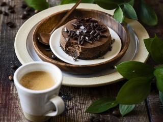 Собирать пазл Кофе и пирожное онлайн