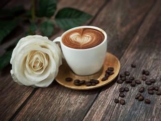 Собирать пазл Кофе и цветок онлайн