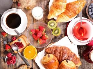Собирать пазл Кофе и выпечка онлайн