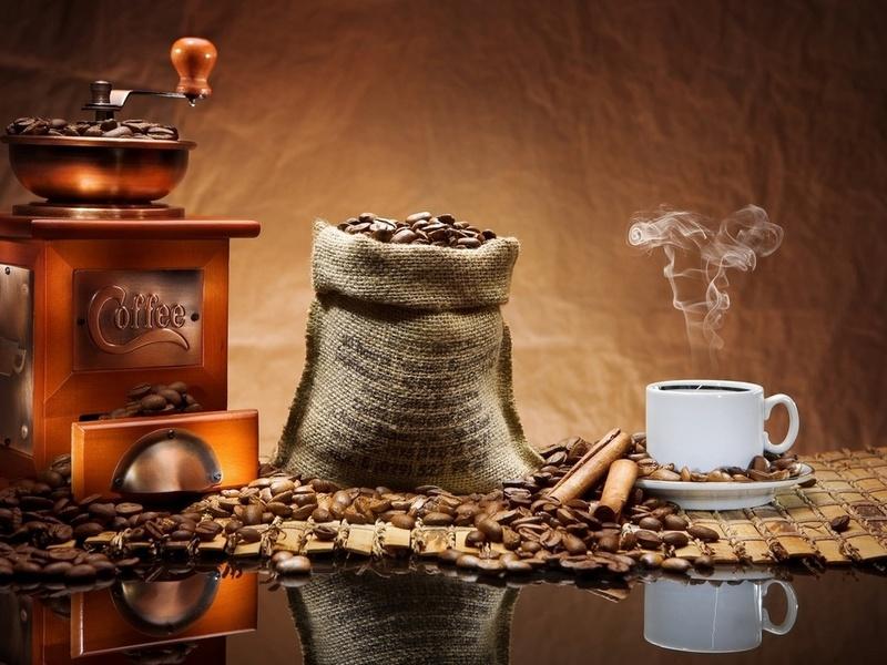 Пазл Собирать пазлы онлайн - Кофе в отражении