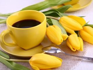 Собирать пазл Кофе в желтом онлайн
