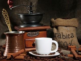 Собирать пазл Кофейный натюрморт онлайн