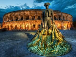 Собирать пазл Колизей и тореро онлайн
