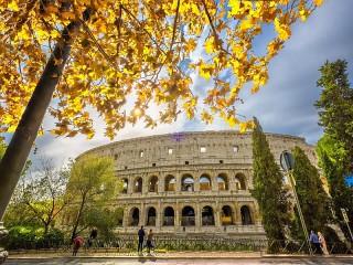 Собирать пазл Колизей осенью онлайн