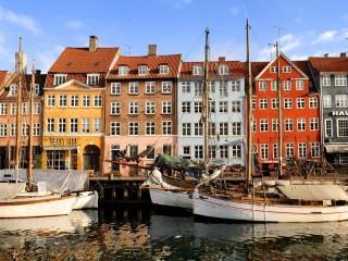 Собирать пазл Пристань в Копенгагене онлайн