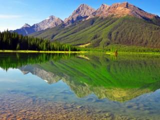 Собирать пазл Красота гор онлайн