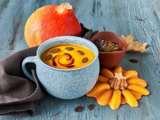 Собирать пазл Крем-суп из тыквы онлайн