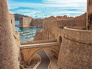 Собирать пазл Крепость в Хорватии онлайн