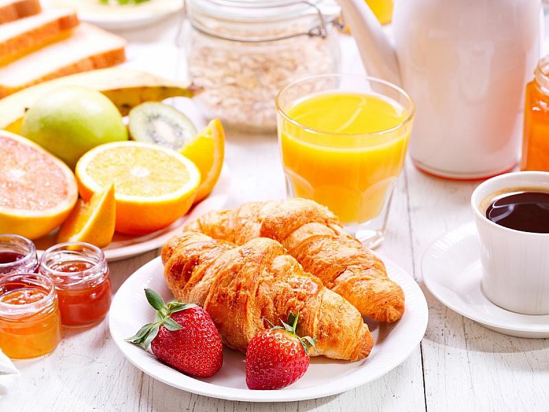 Пазл Собирать пазлы онлайн - Круассаны к завтраку