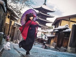 Собирать пазл Кукла в Киото онлайн