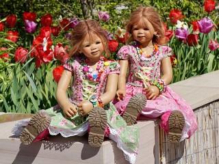 Собирать пазл Куклы онлайн