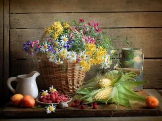 Собирать пазл Кукуруза и малина онлайн