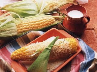 Собирать пазл Кукуруза и молоко онлайн