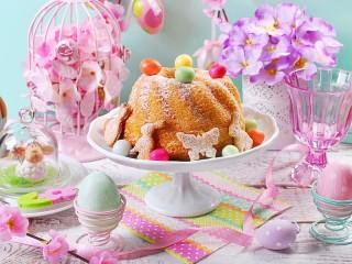 Собирать пазл Кулич в цветах онлайн