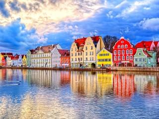 Собирать пазл Ландсхут Германия онлайн