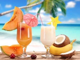 Собирать пазл Летние напитки  онлайн