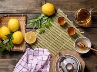 Собирать пазл Лимон и мёд онлайн