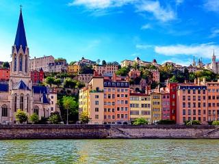 Собирать пазл Лион Франция онлайн