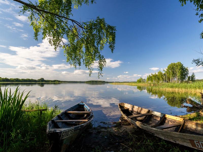 Пазл Собирать пазлы онлайн - Лодки на берегу