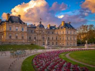 Собирать пазл Люксембургский сад онлайн