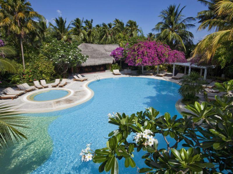Пазл Собирать пазлы онлайн - Мальдивы бассейн